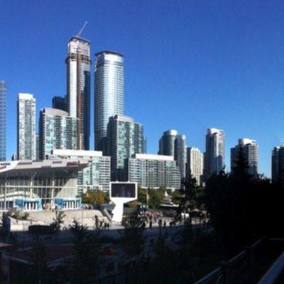 El moderno downtown de Toronto