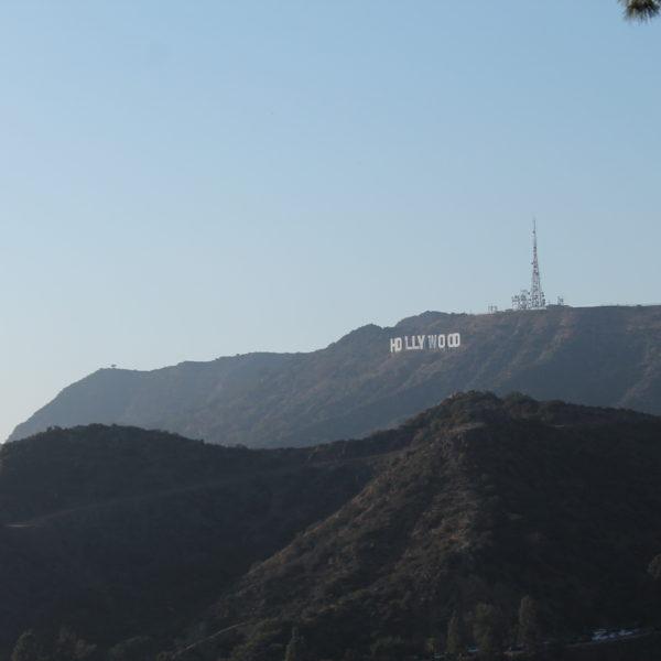 La señal de Hollywood con el máximo zoom de mi cámara
