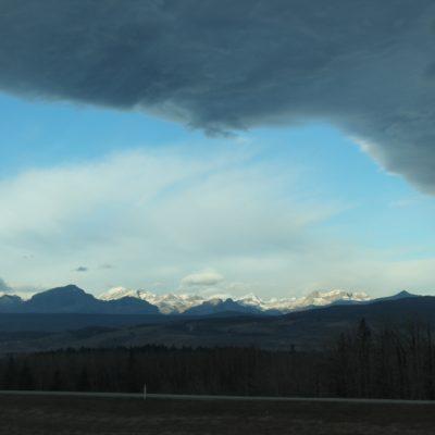 Silueta de las Montañas Rocosas de Canada