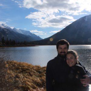Con el Sulphur Mountain de fondo, hicimos una buena sesión de fotos en el lago Vermilión