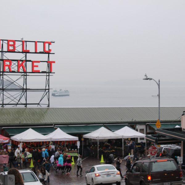 El abarrotado y lleno de sorpresas Pike Place Market