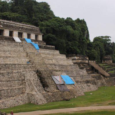 Los 3 primeros templos al entrar en la zona arqueológica