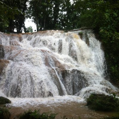 Recorriendo todo el parque se podían encontrar otras cascadas más pequeñas