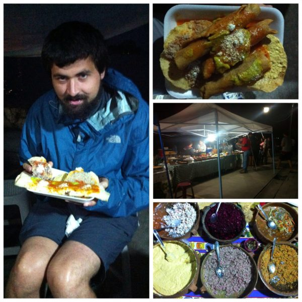 Nos pusimos las botas con las tostadas cada día, comiendo en pequeños banquitos que tenían las propias vendedoras