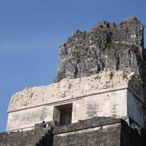 Muchos templos mantienen en perfecto estado algunos detalles decorativos