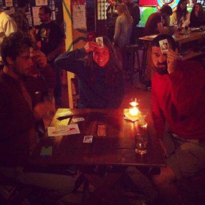 """Cerveza, Rummikub y una partida de """"Podrida"""""""