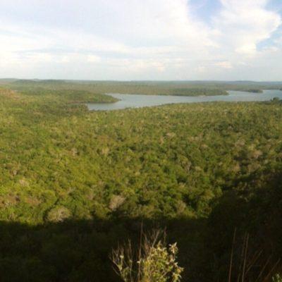 El gran lago Verde y el río Tapajós al fondo
