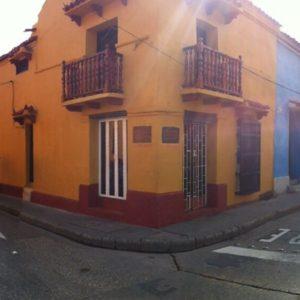 Había calles donde daba igual donde mirar, todo eran casas de colores
