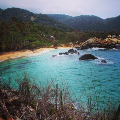Hay que reconocer que la imagen del mar con el parque crea un paisaje increible
