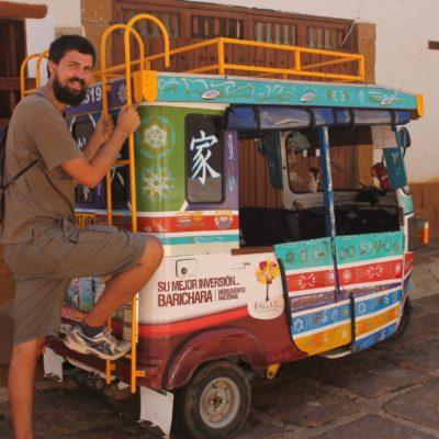 Estos graciosos tuc-tuc son el transporte más habitual dentro del pueblo