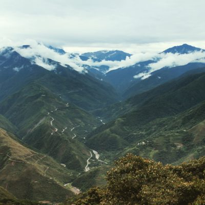 El hermoso paisaje de Las Yungas desde el calvario de Coroico