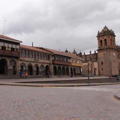 La catedral preside la Plaza de Armas de Cusco