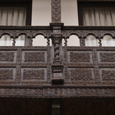 Los detalles de este balcón y muchos otros, hacían que no paráramos de sacar fotos