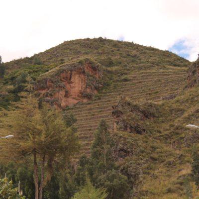 También pudimos ver parte de las ruinas de Pisaq desde el pueblo, como estas gradas para la agricultura