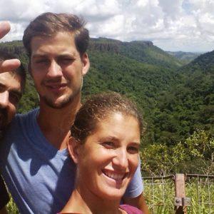 El valle donde está situado la cascada Veu de Noiva también es frondoso y hermoso