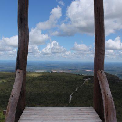 Estaban preparando una tirolina desde este alto, ¿os atreveríais a lanzaros?