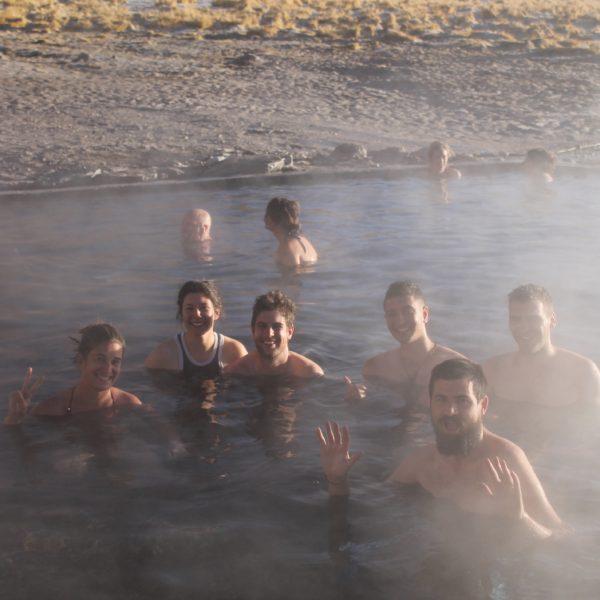 Aunque el entrar en el hot spring, lo hicimos más como por inercia que convencidos, finalmente estuvimos agustísimo