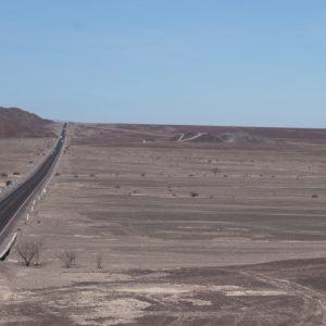 Una pequeña montañita sirve de mirador natural, desde donde se puede ver el inicio de muchas de las líneas