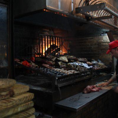 La comida del Mercado del Puerto tenía una pinta excelente... Demasiado excelente para nuestros bolsillos lamentablemente
