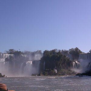 Como hicimos el tour en Brasil, no pudimos pasar al lado argentino, ya que cada uno tiene que quedarse en su frontera