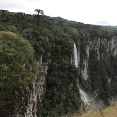 En el sendero del cañón también se podían encontrar cascadas