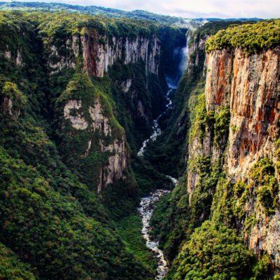 Echábamos de menos los parques nacionales de Brasil y el cañón Itaimbenzinho no fue una decepción
