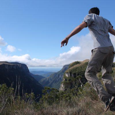 Es una maravilla observar la vista desde el inicio del cañón