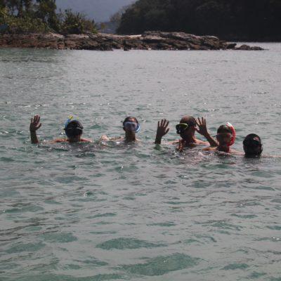 """Con las gafas y el snorkel, el """"equipo curro"""" preparado"""