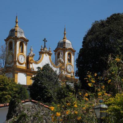 Las iglesias coloniales mantienen siempre el mismo estilo colonial