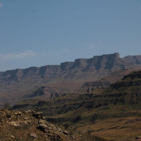 Las altas montañas, frontera natural
