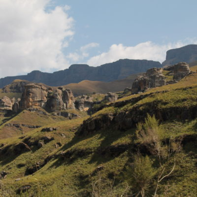 El paisaje durante el recorrido contrastaba bastante con la idea general que teníamos de África
