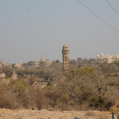 El conjunto de edificios dentro dentro del fuerte de Chittorgarh