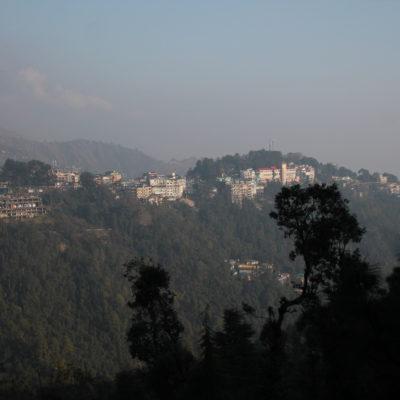 Dharamsala visto desde el otro lado