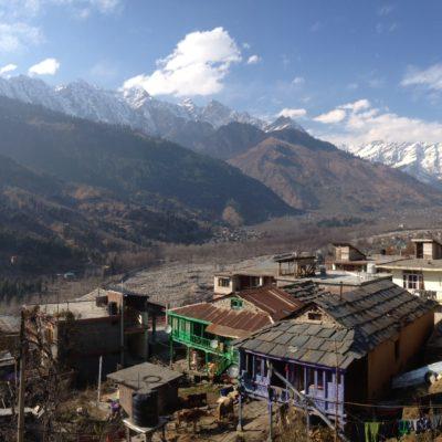 Y si a la buena comida le sumas estas vistas del pre-Himalaya, ¡ya no puedes pedir más!