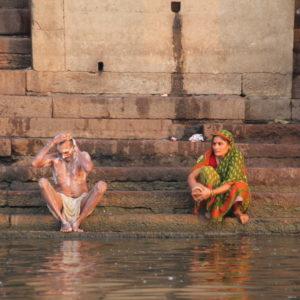 En el Ganges, cada uno se dedica a lo suyo