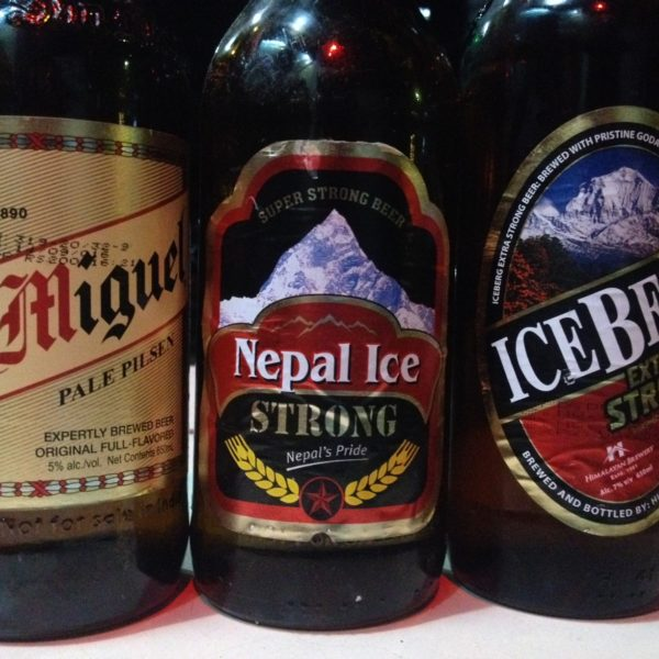 Merecidas cervezas de recompensa tras el trekking