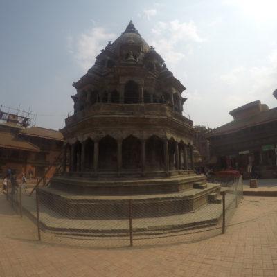 Uno de los templos más curiosos que encontramos en la plaza de Patan
