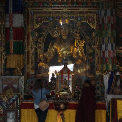 El interior del monasterio budista