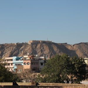 El fuerte de Nahargarh visto desde la Ciudad Rosa