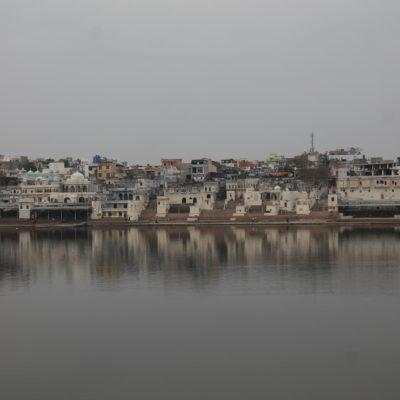 El lago sagrado de Pushkar es muy importante para los hindúes