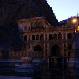 Aparte de los monos, el Templo de los Monos es un lugar bonito para visitar de por sí