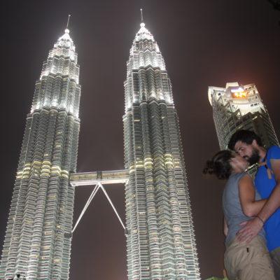 Aunque estamos algo borrosos nos encanta esta foto de las Petronas
