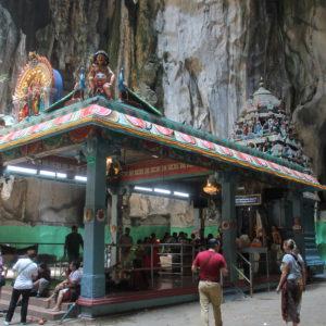 Templo dentro de la cueva principal