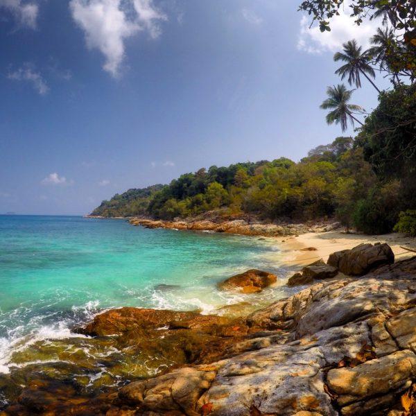 En la zona de Romantic Beach hay varias calas seguidas, cada cual más bonita