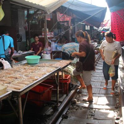 En el mercado se puede encontrar desde verduras a pescado o carnes