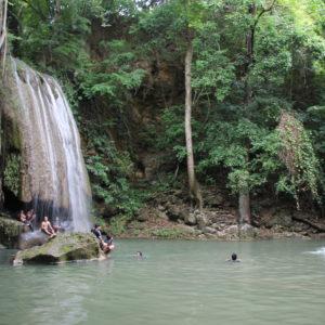 El tercer nivel de cascadas es el que más nos gustó del parque de Erawan