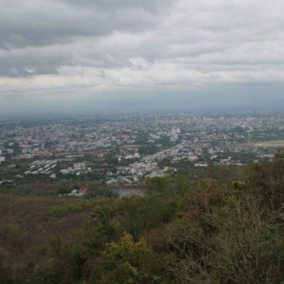 Vistas de Chiang Mai desde justo antes de llegar a Doi Suthep