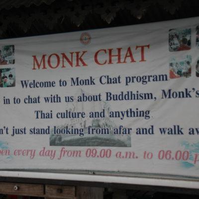 Nos enteramos tarde, pero nos pareció muy interesante esta propuesta de charlar con los monjes