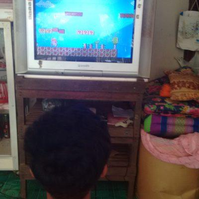 En el hostal tuvimos un momento de debilidad regresando a nuestra infancia con Mario Bros