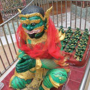 ¿Y que os parece esta figura en otro de los templos del Mandalay Hill?